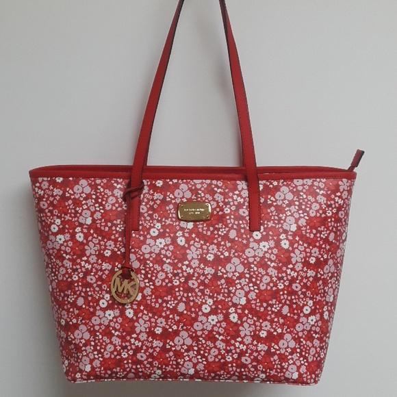 55b07d4a97df9e MICHAEL Michael Kors Bags | Nwt Michael Kors Emry Floral Tote | Poshmark